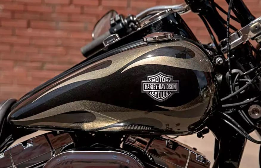 Wide Glide Gold Flame